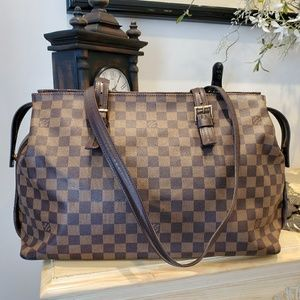 Authentic Louis Vuitton DE Chelsea